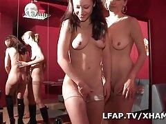 Suzuki Satomi chiều lòng bạn xem phim sex loan luan vietsub trai
