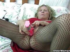 Brunette wags cô ấy hông và sex jav vietsub giật tắt cô ấy L.